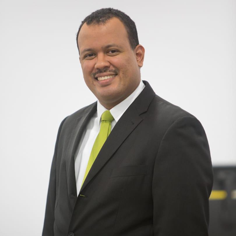 Jonathan pacheco socio de impuestos deloitte panam for J murali ias profile